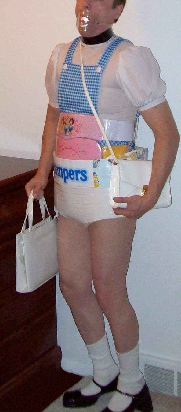 Dorothy in Pampers, dorothy,pampers,diaper,sissy,costume