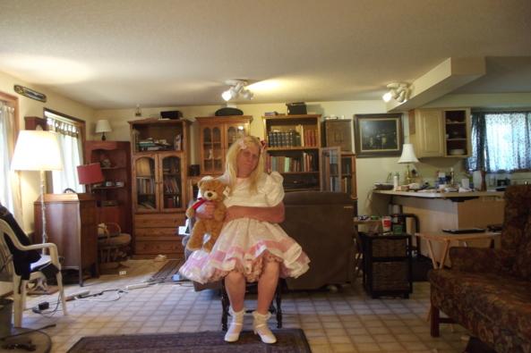 Weekend with teddy - an airy dress for a hot day , sissy,crossdress,LG,, Feminization,Sissy Fashion