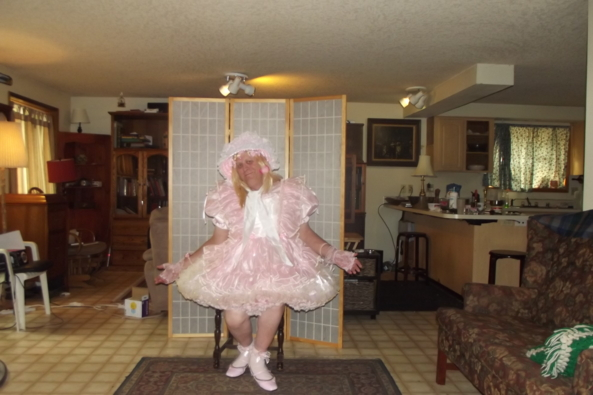 Prissy in Pink - A new Barbara Tam number (Don't tell Teddy), Sissy,crossdress,prissy, Feminization,Sissy Fashion,Dolled Up