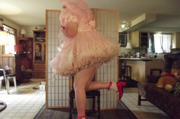 Looking for guidance - another of me in pink and prissy, sissy,LG,crossdress, Feminization,Dolled Up,Sissy Fashion