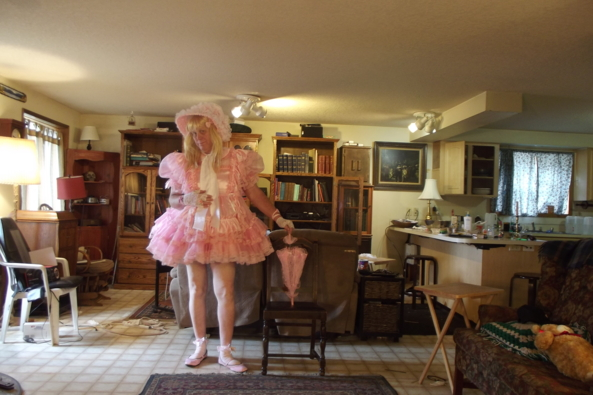 Just feeling pinkish - pink pink pink  and more pink, sissy,crossdress,pink, Feminization,Dolled Up,Sissy Fashion