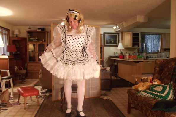 Maid to Order.... - a cold winter day trying to be a bit festive to perk it up, sissy,crossdress, Feminization,Holiday,Dolled Up,Sissy Fashion