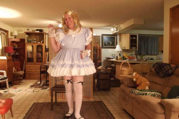 my Gingham Dress - the simple farm girl look, sissy,crossdress,, Feminization,Sissy Fashion