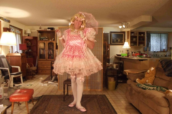 My Bubblegum Pink Polkadot dress - Lovely...isn't it?, sissy,crossdress,, Feminization,Dolled Up,Sissy Fashion