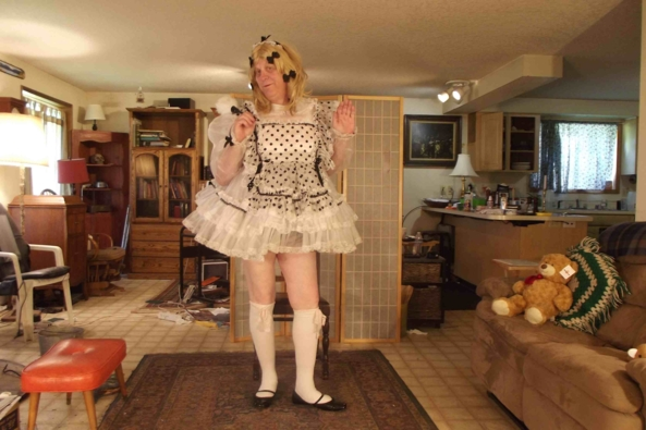 Maid in May, sissy,crossdress, maid,, Feminization,Dolled Up,Sissy Fashion