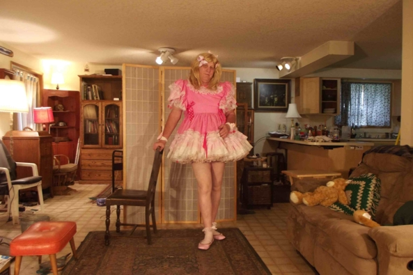 Simple frock on a cooler day - I find petticoats fun when it gets colder, sissy,crossdress,, Feminization,Sissy Fashion