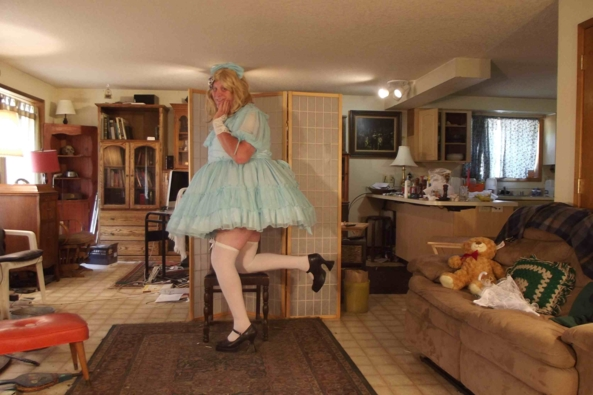 Blue Chiffon and Petticoats , sissy,crossdress,petticoats,, Feminization,Sissy Fashion,Dolled Up