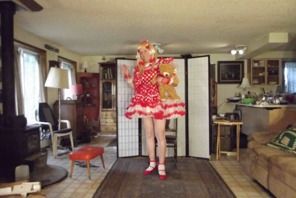 Prissy is as Prissy Does... - Red Polka Dots in the morning, sissy,crossdress,, Feminization,Dolled Up,Holiday,Sissy Fashion