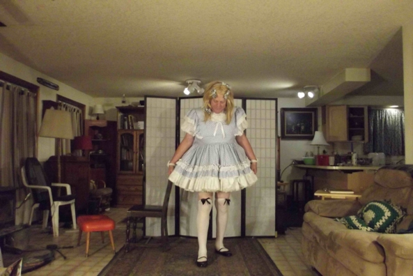 Farm Gurl - getting ready to gather the eggs, sissy,crossdress,, Feminization,Sissy Fashion