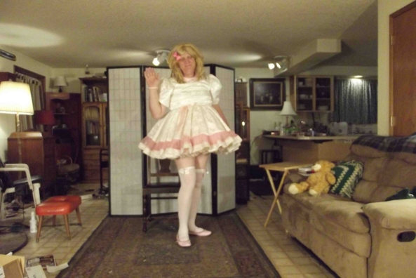 Night in White Satin -with pink high lights, sissy,crlssdress,, Feminization,Sissy Fashion