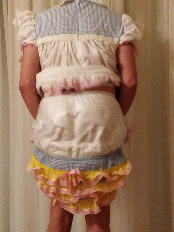 Nappies and plastic pants , Nappies plastic pants sissy baby , Adult Babies,Diaper Lovers