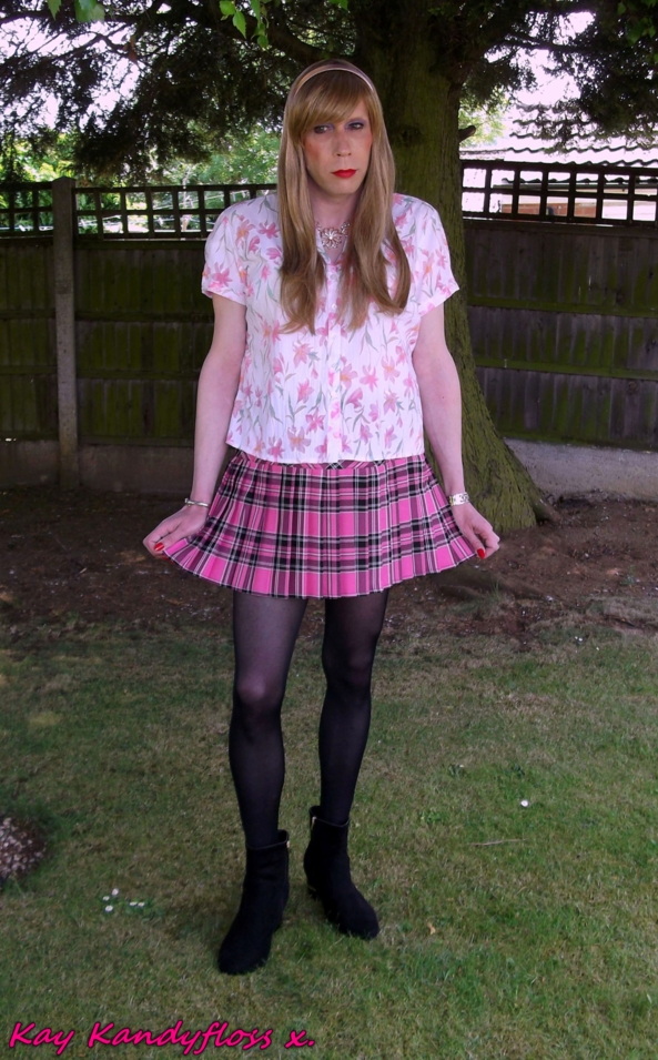 Short skirts for summer - Hiya! Just enjoying the lovely summer weather whilst modelling my new outfit. xxx, sissy,sissy girl,cross dresser,skirt,blouse, Feminization,Dolled Up,Sissy Fashion