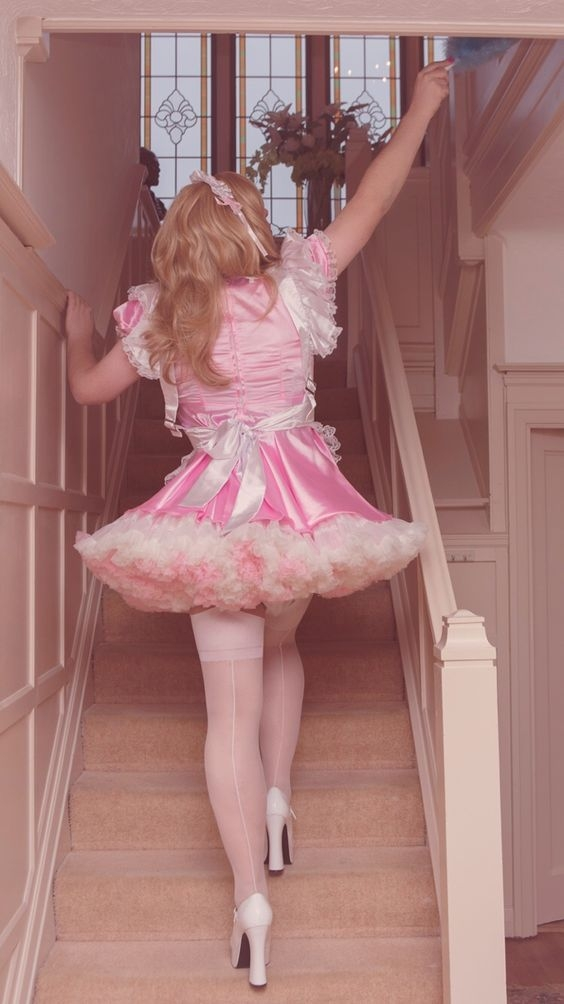 Sissy Photos - Dresses Diapers Panties Nylons, Crossdresser Adult Baby Sissy, Adult Babies,Feminization,Sissy Fashion,Fairytale,Diaper Lovers,Dolled Up