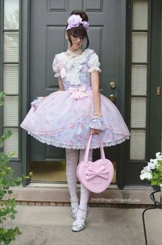 Showtime For Sissies! - Let's Have A Parade!, AB/DL Crossdresser Sissy, Adult Babies,Feminization,Sissy Fashion,Diaper Lovers,Dolled Up