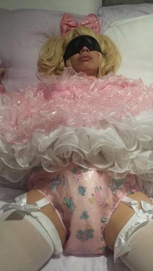 Wonderfully Diapered  - Feeling Feminine & Dainty, AB/DL Sissy Crossdresser, Adult Babies,Feminization,Sissy Fashion,Diaper Lovers,Dolled Up
