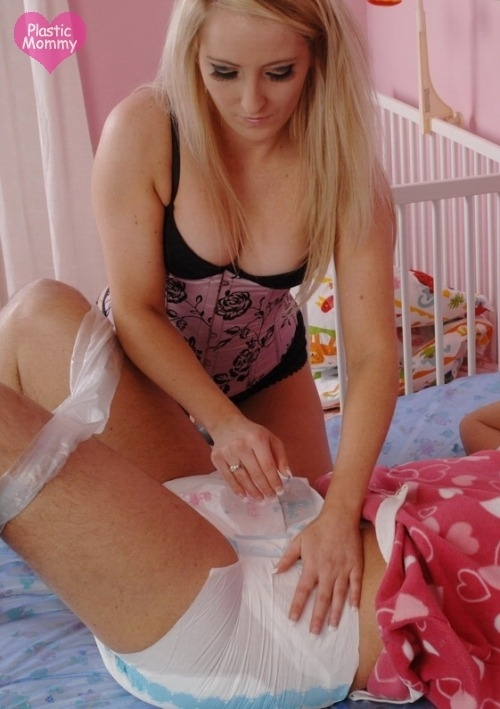 How Many Times Is Your Diaper Changed? - Locked In Diapers & Plastic Panties Forever!, AB/DL Crossdresser Sissy, Feminization,Adult Babies,Sissy Fashion,Diaper Lovers,Dolled Up