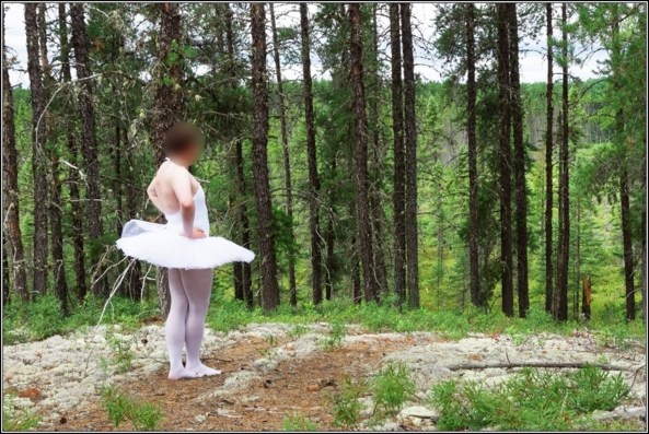 Sissy ballerina : beginning - I'm back here and I have a lot of photo to show, let start here, platter,tutu,ballet,ballerina,crossdresser,outdoor,forest, Fairytale,Feminization,Quick Change,Sissy Fashion,Body Suits