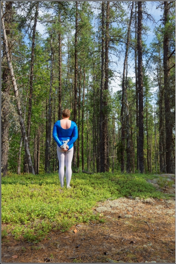 Bound in wood 2 - Part 2, gymnast,leotard,shiny,blue,metallic,forest,wood,outdoor,bound,bondage, Bondage,Feminization,Body Suits,Fairytale