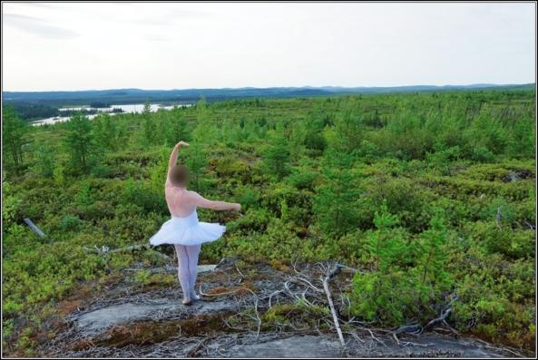 Sissy ballerina 3 - On the Hill - Pretty Sissy Ballerina in beautiful tutu 3 - On the Hill, forest,crossdresser,outdoor,ballet,ballerina,tutu,platter,lake, Body Suits,Sissy Fashion,Fairytale,Feminization