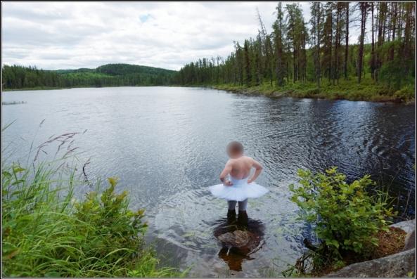 Sissy ballerina 10 - Swam Lake - Part 1, crossdresser,outdoor,ballet,platter,tutu,ballerina,forest,lake, Sissy Fashion,Body Suits,Fairytale