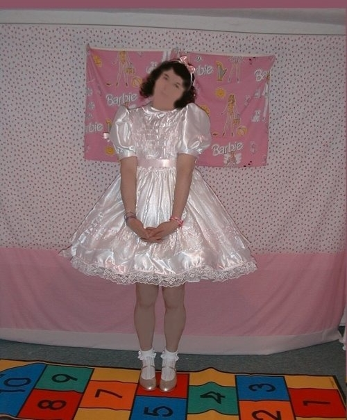 My Favourite Party Dress (Rated PG for Pretty Girl), party,dress,satin,chiffon,silk,pink,ribbon,crystal,organza,rustle