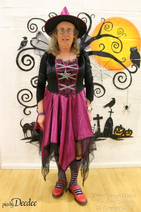 Deedee's Halloween outfit - This is the dress i wore for NGM pre-prep for the halloween session 29th Oct 2017, Sissy,Halloween,maroon witch dress, Sissy Fashion