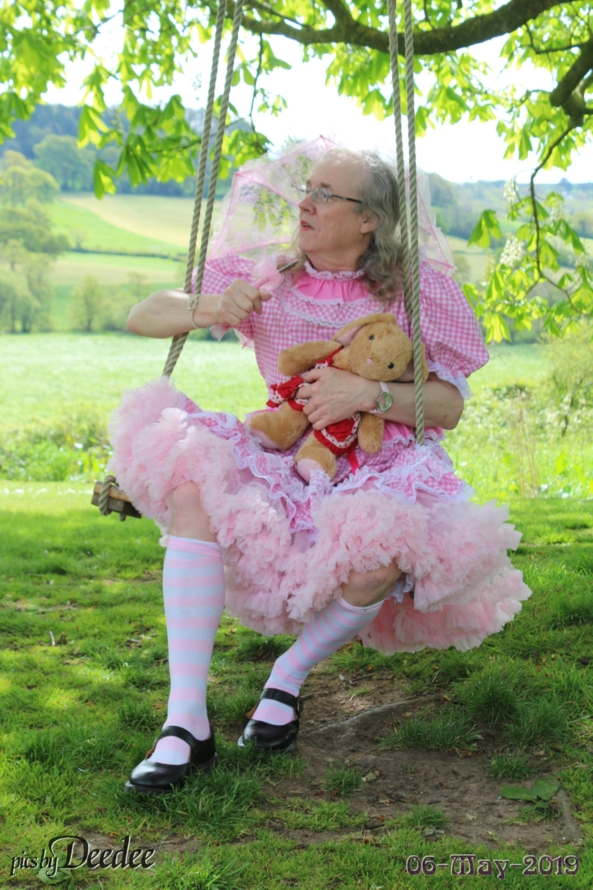 Deedee does Devon - Deedee recently spent a week in the wilds of Devon at a very secluded country house where sissies are very welcome, Deedee,Devon,England,pink gingham dress,sissy,swing,countryside, Feminization,Sissy Fashion,Holiday