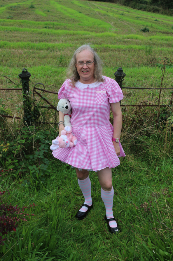 Deedee on holiday - Me at a preprep weekend away, sissy pink, Adult Babies,Fairytale