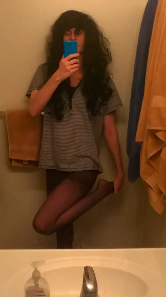 Who needs skirts - NO skirt thursday, Pantyhose,Shirt, Sissy Fashion,Bisexual Orientation