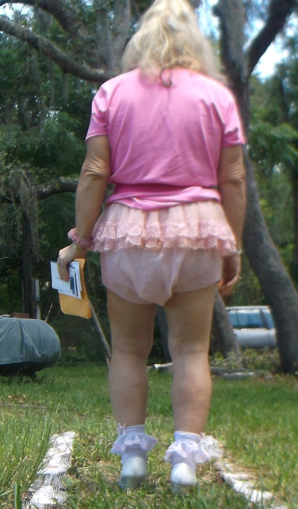 An Obvious Statement - pansy is such a sissy, and look, here is the proof !! , sissy,humiliation,diapers,adult baby, Adult Babies,Diaper Lovers