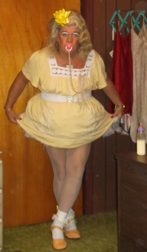 sissybaby pansy in a yellow little girl outfit - pansy is always more than happy to show sissykiss members his outfits, and hopes that it can be an inspiration to other sissies that dream about being regressed to a Little Girl, sissy,diaper,adult baby,age regression, Adult Babies,Diaper Lovers