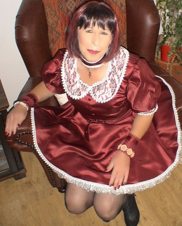 Daily Sissy Photo - showing what a good sissy girl I can be, sissy,pansy,good girl, Sissy Fashion,Dolled Up