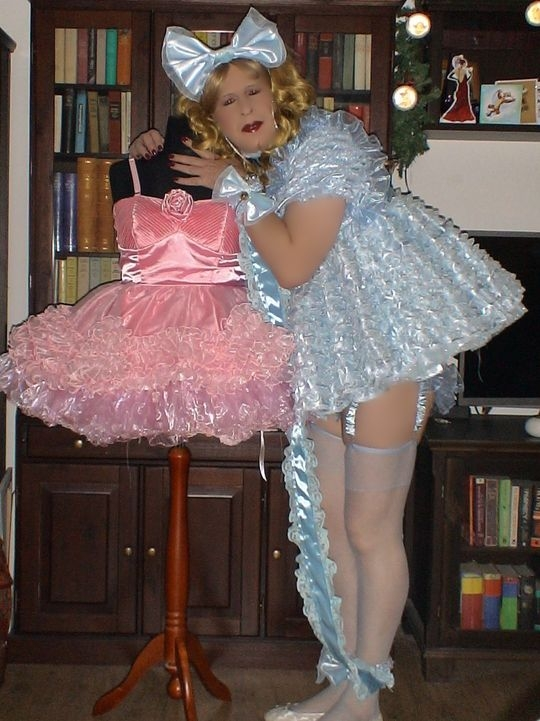 Daily Sissy Photo - sissy girls love frilly drsses, sissy,pansy, Sissy Fashion,Dolled Up