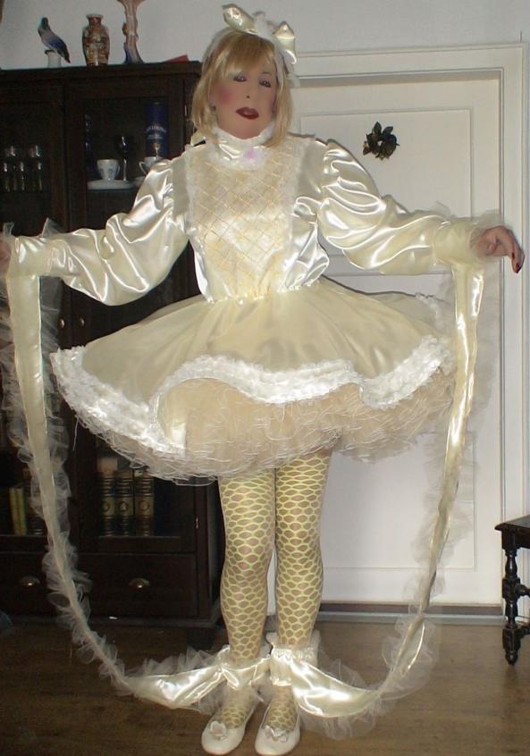 Prissy Sissy's new dress, sissy,pansy,sissy fashion, Feminization,Sissy Fashion,Dolled Up