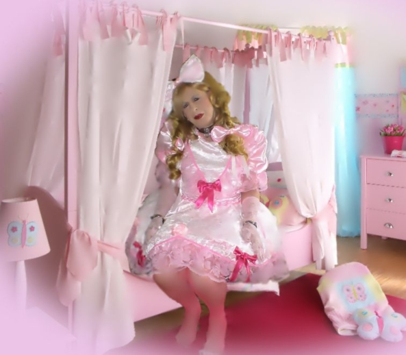 Sissy Katrin's little girls room  - Sissy Katrin invites you to play in her girly room ... ;-), sissy,pansy, Dolled Up