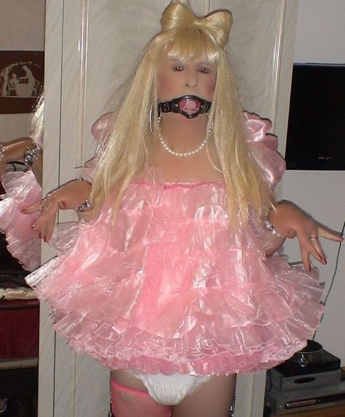Babyfied pansy, sissy,pansy,adult baby, Feminization,Sissy Fashion,Adult Babies,Dolled Up
