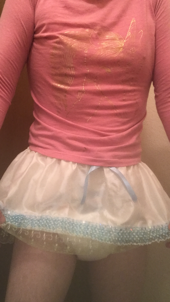 Sissy wimp still needs diapers  - My embarsssing underwear , Sissy boi,girly boi,bedwetter,daywetter,emasculated , Bad Boy To Good Girl,Dolled Up,Diaper Lovers,Wetting The Bed,Bisexual Orientation,Adult Babies,Thumb Sucking,Feminization,Sissy Fashion