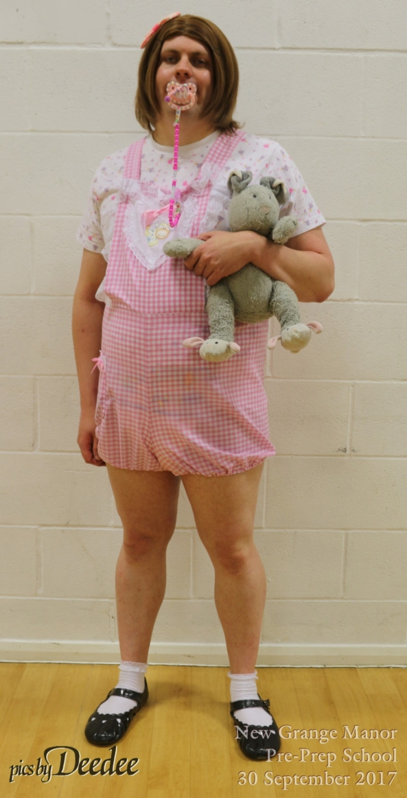 sissy in cute playsuit, sissy , Adult Babies,Diaper Lovers,Sissy Fashion