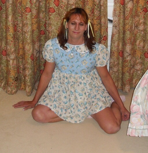 Jessica Katie  - This is my gallery to show me as sweet little baby girl, Baby girl,nappy,diaper,sissy girl,baby dress, Adult Babies,Feminization,Dominating Mistress Or Master,Diaper Lovers