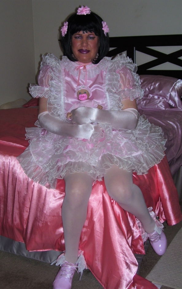 Sissy Eliza w/new baby - Sissy Eliza w/new baby, SissyBaby, Sissy Fashion,Adult Babies,Dolled Up