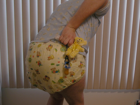 Big Diapers - Just some fun in my diapers., Diapers,plastic pants,harness, Adult Babies,Diaper Lovers