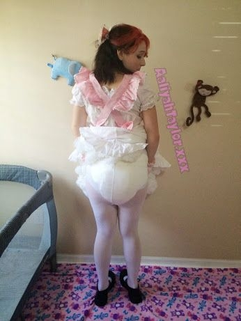 Never to big for diapers  - Lessons in underwear , Diapers , Adult Babies,Diaper Lovers