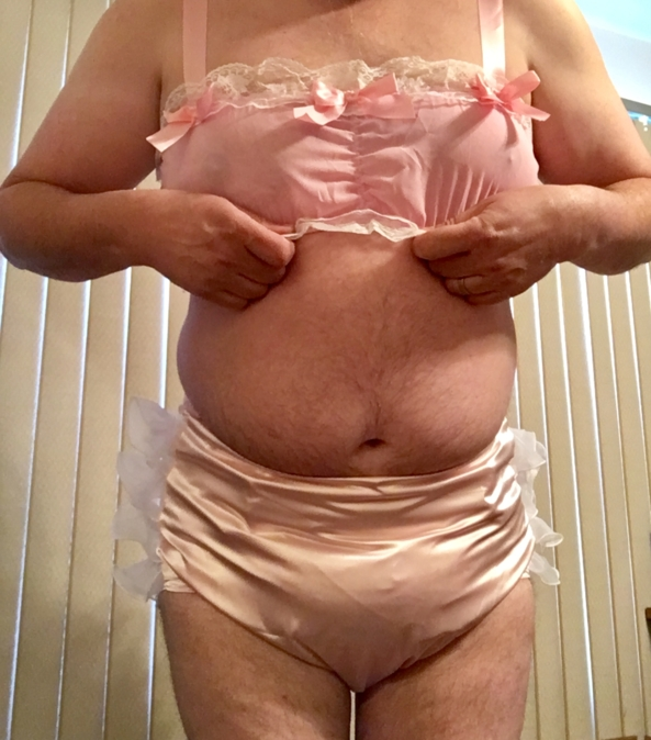 New sissy items - Checking things fit ok, Sissy, Adult Babies,Sissy Fashion,Diaper Lovers